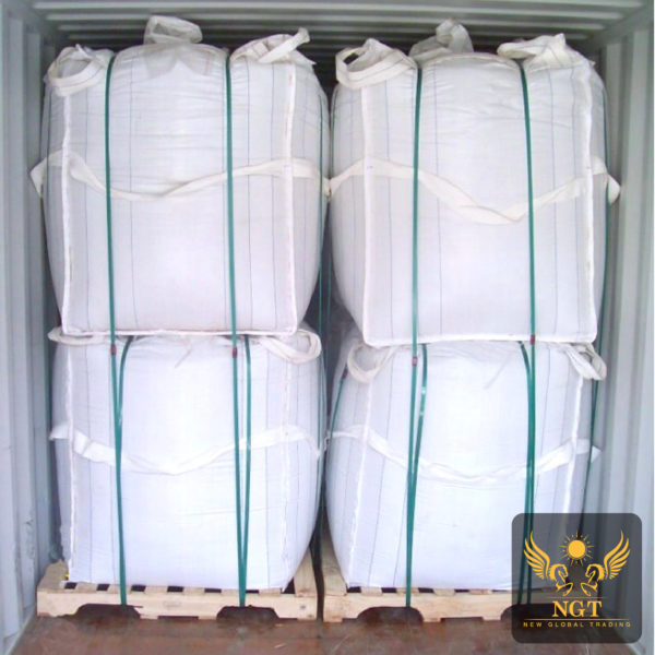 NGT Loading White Limestone Lumps for Glass in Jumbo Bag for Container Shipment
